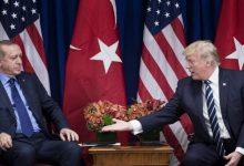 Ο Τραμπ «παγώνει» την πώληση όπλων στoν Ερντογάν