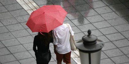 Αλλάζει δραματικά ο καιρός -Ερχονται ισχυρές καταιγίδες και χαλαζοπτώσεις