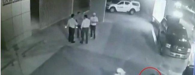 Συγκλονιστικό βίντεο: Μεξικανός πολιτικός δολοφονείται εν ψυχρώ ενώ ποζάρει για selfie