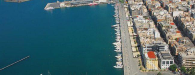 30 τουρκικά ιστιοπλοϊκά στο Λιμάνι του Βόλου