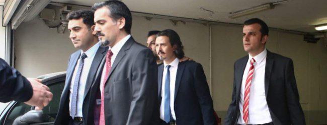 Ελεύθεροι οι «8», έξαλλη η Αγκυρα: Νομίζαμε ότι ο Τσίπρας είχε λόγο άνδρα