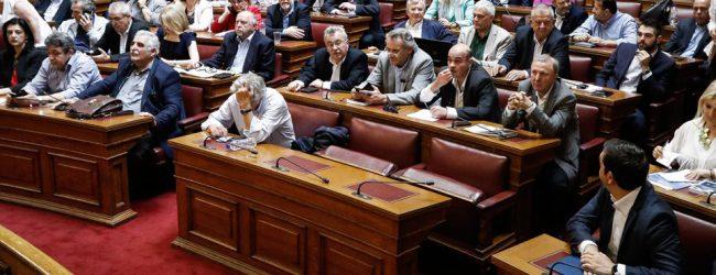 Ανατροπή: Τροπολογία 16 βουλευτών του ΣΥΡΙΖΑ για αυτοδιοικητικές εκλογές μαζί με τις ευρωεκλογές