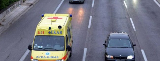 Τροχαίο με τραυματισμό έξω από τη Λάρισα