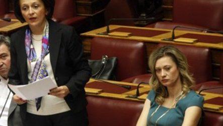 Βιτριολικό σχόλιο της Ραχήλ Μακρή για την υπουργοποίηση Χρυσοβελώνη