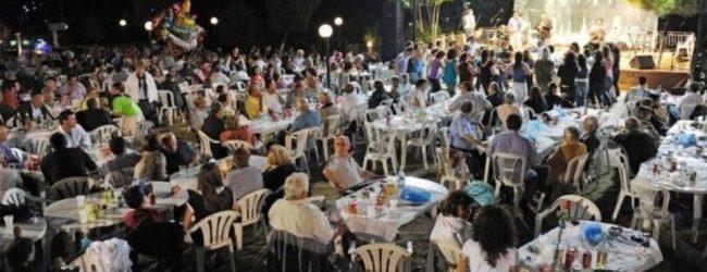 Τραγωδία σε πανηγύρι στη Λαμία: Τραγουδιστής έχασε τον πατέρα του που τον παρακολουθούσε ως θεατής