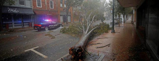 «Σαρώνει» τις ΗΠΑ ο τυφώνας Florence: Πέντε νεκροί, πάνω από 1,5 εκατ. οι εκτοπισμένοι