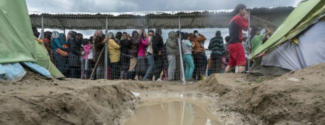 Κόλαφος από 19 ΜΚΟ για τα hotspot μεταναστών στα νησιά: Χειρότερες από ποτέ οι συνθήκες