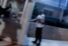 Πώς ο Ρουβίκωνας αιφνιδίασε ξανά και γελοιοποίησε την αστυνομία -Φανελάκι, laptop, μουσική και όπλο περασμένο σαν τσάντα