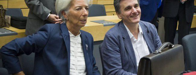 ΔΝΤ: Μόνο με μείωση συντάξεων-αφορολογήτου το πρωτογενές πλεόνασμα 3,5% μέχρι το 2022