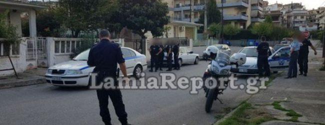 Σοκ στη Λαμία: 65χρονος κρεμάστηκε στην αυλή του με καλώδιο από πολύπριζο