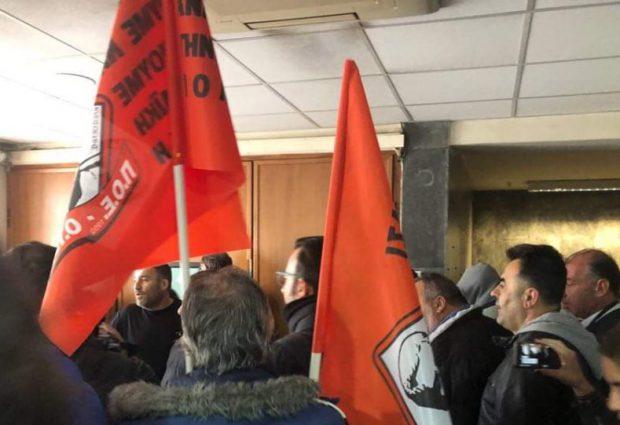 Εισβολή της ΠΟΕ-ΟΤΑ στο υπουργείο Εργασίας